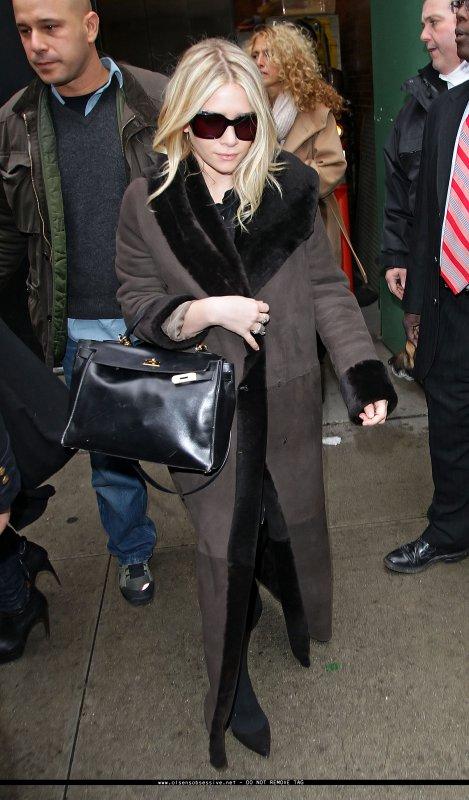 kkkkkkkkkkkkkkkkkkkkkkkkkkkkkkkkkkkkkkkkkkkkkkkkkkkkkkkkkkkkkkkkkkkkkkkkkkkkkkkkkkkkkkkkkkkkkkkkkkkkkkkkkkkkkkkk03 FÉVRIER 2010 : Mary-Kate et Ashley à l'émission matinale Good Morning America pour présenté officiellement leur nouvelle ligne, Olsenboye, à New York   kkkkkkkkJ'adore leur tenues ! :D kkkkkkkkkkkkkkkkkkkkkkkkkkkkkkkkkkkkkkkkkkkkkkkkkkkkkkkkkkkkkkkkkkkkkkkkkkkkkkkkkkkkkkkkkkkkkkkkkkkkkkkkkkkkkkkk