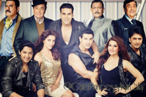 HOUSEFULL 2: FIRST LOOK :)