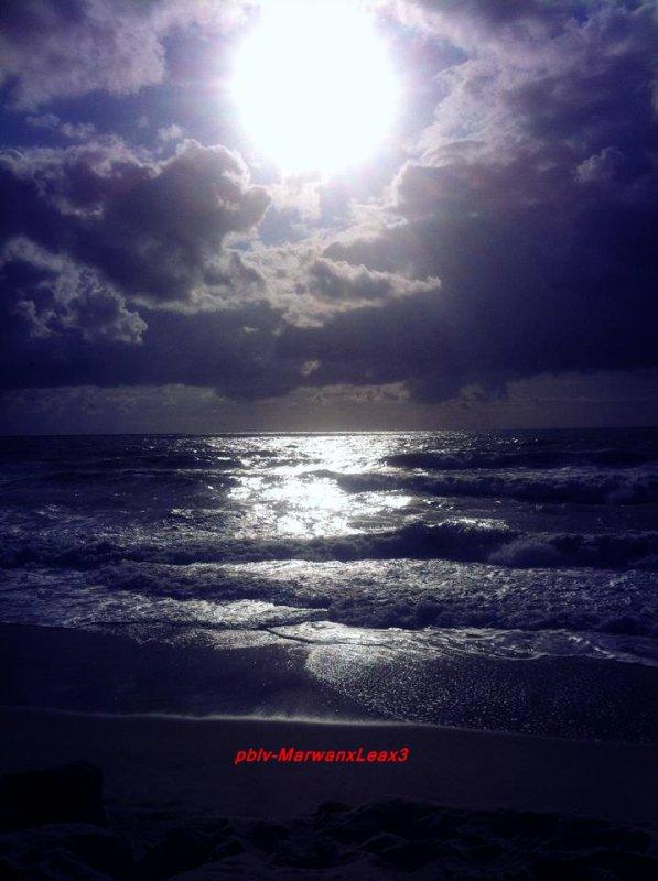 Léa François en direct de la plage de Lacanau Océan , Léa François direction Bretignolles-sur-mer pour finir son wee end