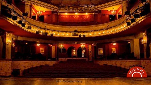 Photo personnelle Pauline Nadia Marwan coiffure et confidences a paris photo du théâtre Michel