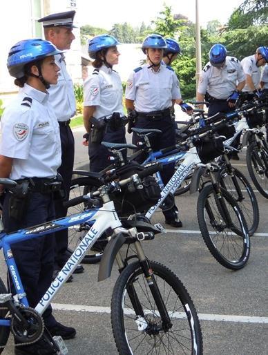 """"""" Vélos Spéciaux """""""