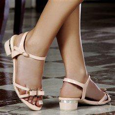 Sandales à petits talons - Vous en pensez quoi ?