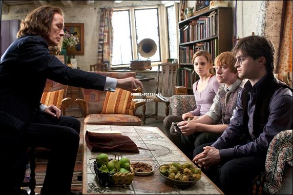 """Trois nouvelles photos de """"Harry Potter et les reliques de la mort"""""""