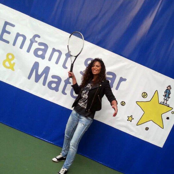 Le 25/03/13 Zaho à l'association Enfant Star & Match