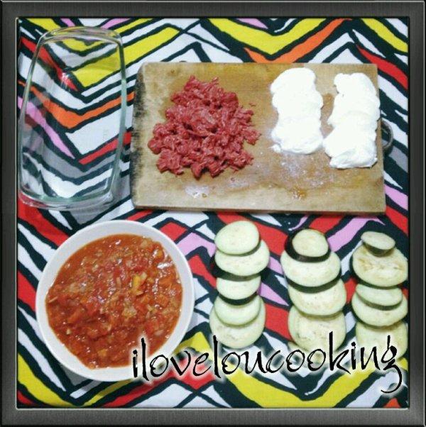 Gratin d Aubergines, Tomates, Mozza & Viande (préparation)