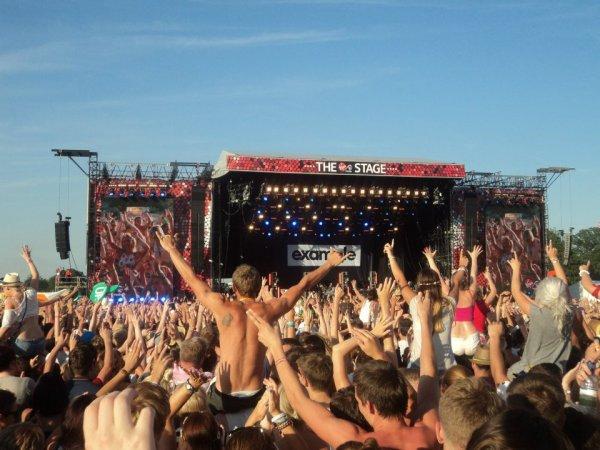 V Festival - Example