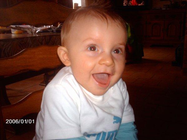 mon petite bébé d 'amour déja 8 mois