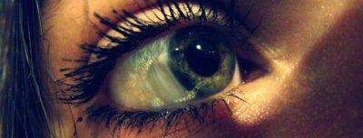 J'aime bien tes yeux ... Mais je préfères les miens, car sans eux je ne pourrait pas te voir :$ ! ♥
