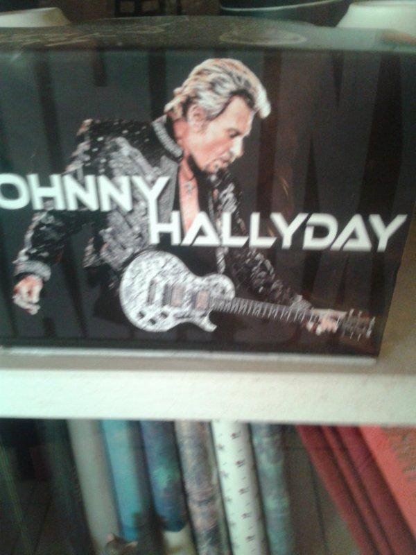 pour les amateurs un peu de ma collection JOHNNY