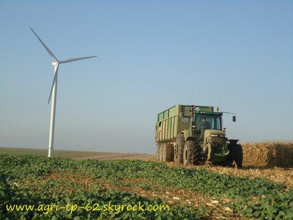Moisson de maïs 2011 dans l'Aisne (02)