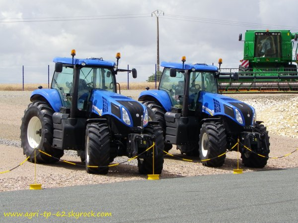 Dans une concession new holland 2012
