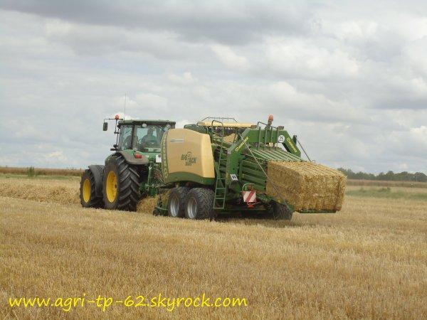 Pressage de paille 2012 dans l'Indre (36)