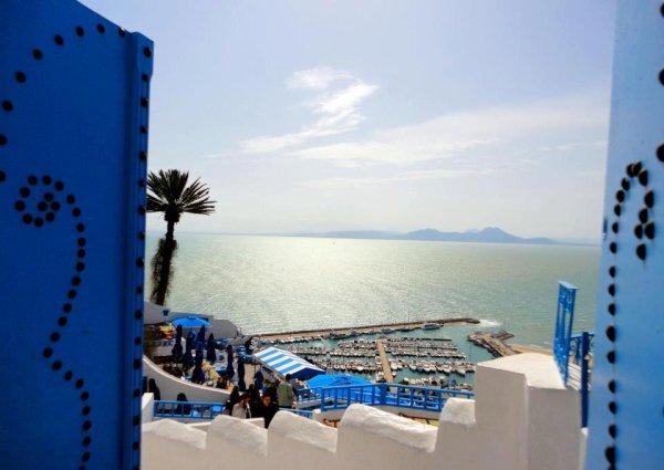 Tunis , Sidi bousaid :)