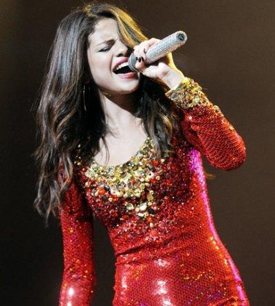 Selena Gomez : Sexy pour un show de noël !