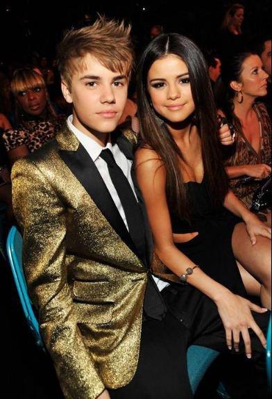 Selena Gomez : Justin Bieber, les couples les plus sexy d'Hollywood !