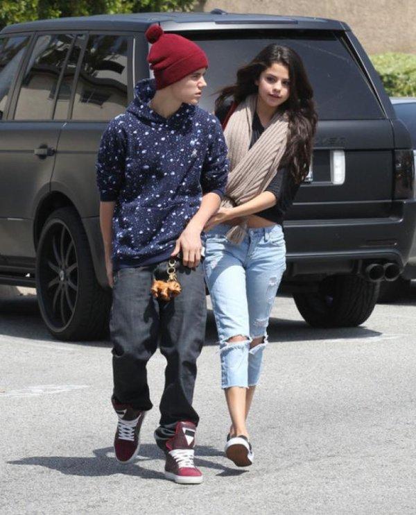 Selena Gomez et Justin Bieber:Un dejeuner romantique a L.A!