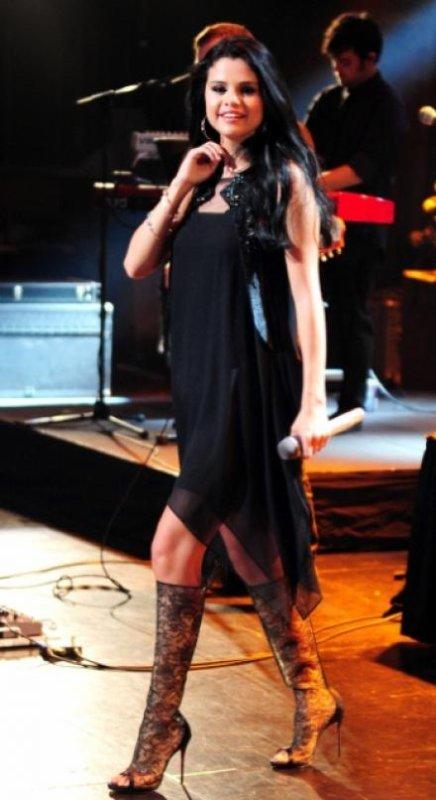 Look de Selena Gomez : En concert à Los Angeles