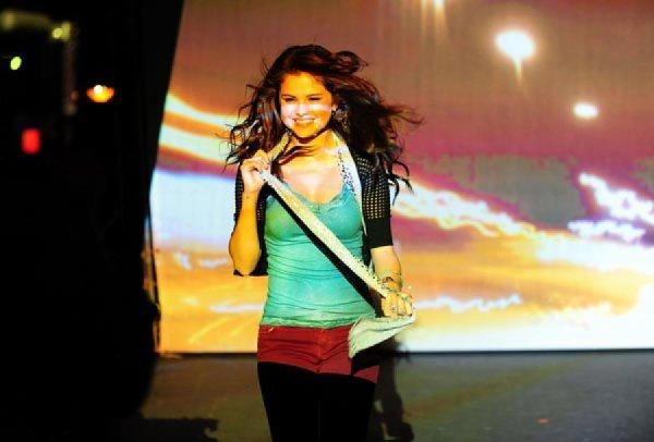 Selena Gomez : Dream Out Loud, shooting Automne-Hiver 2012-2013