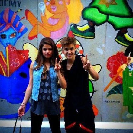 Selena Gomez avec Justin Bieber, Au Japon!