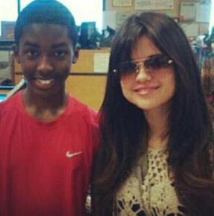 Selena Gomez avec un fan a L.A!