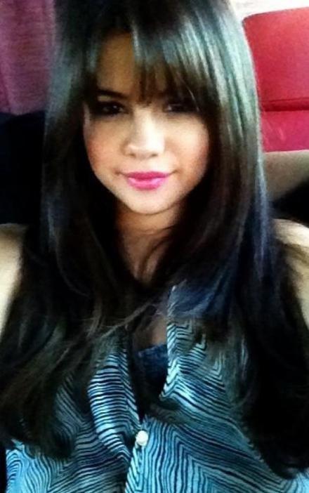Selena Gomez avec sa nouvelle frange!