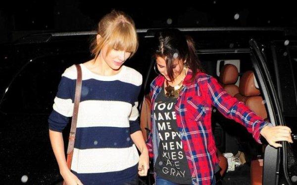 Selena Gomez toute joyeuse aux côtés de Taylor Swift! :D