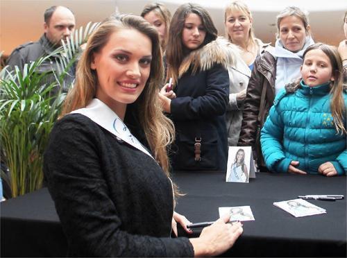 Anne-Laure à la rencontre de ses admirateurs !