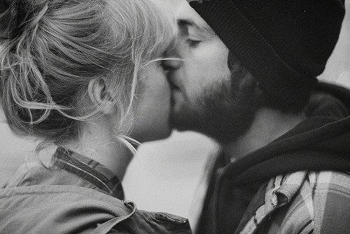 Le bonheur n'est réel que lorsqu'il est partagé. (Christopher McCandless)