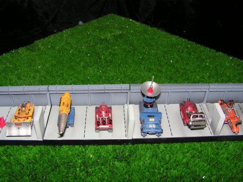Mes petits préférés...les dioramas et tous les Pods.