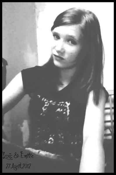 Les erreurs ne se regrettent pas, elles s'assument. La peur ne se fuit pas, elle se surmonte. L'amour ne se crie pas, il se prouve.