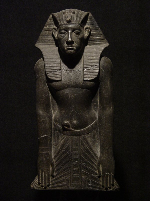 Opus 3 : Le Moyen Empire et les Hiksôs