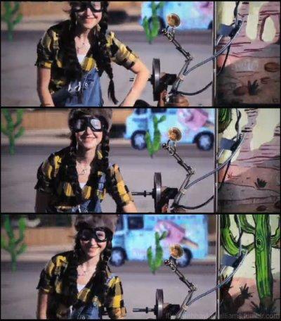 Hayley dans le nouveau clip de New Found Glory + fan du jour #12