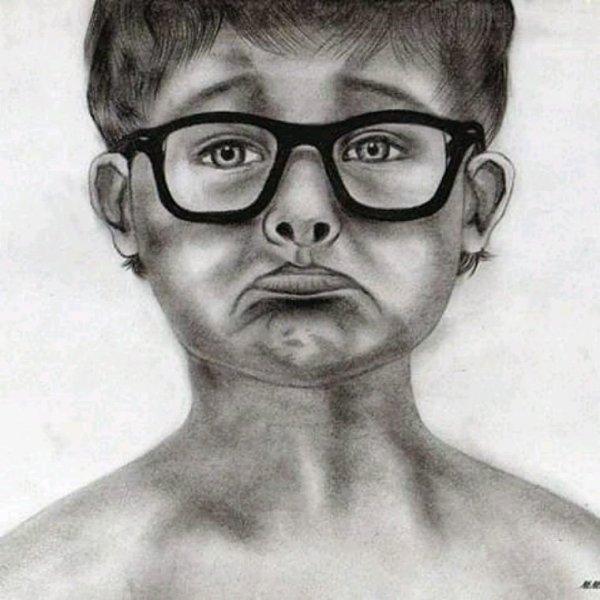 Fusain et crayon graphite