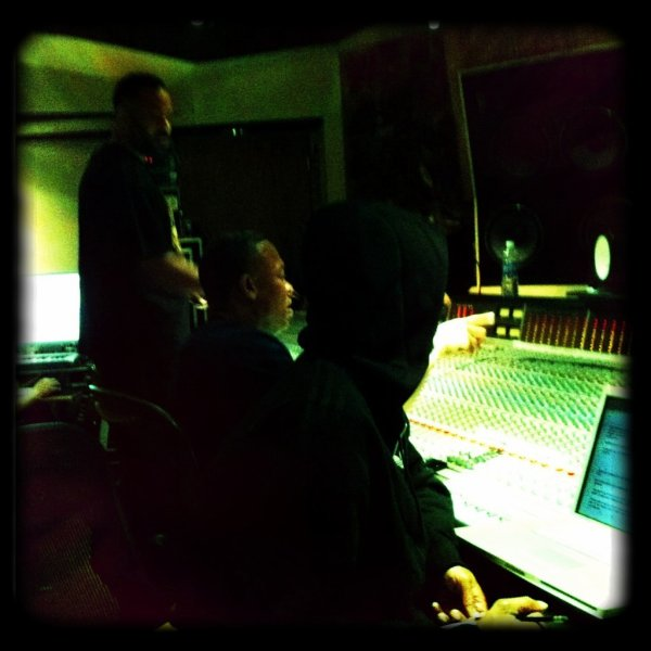 Dr Dre en studio avec Snoop Dogg & The DOC !