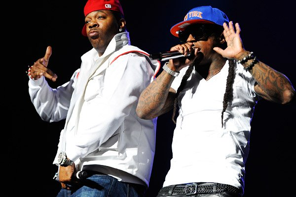 Busta Rhymes & Mystikal signe cher Young Money !
