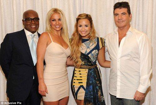 Demi Lovato,L.A Reid,Britney Spears & Simon Cowell Seront Juges  Pour X-Factor