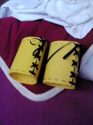 Cosplay Yuna gunner brassards jaunes
