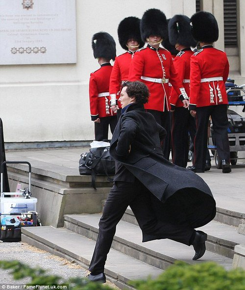 MAIS ?! +o+ Sherlock voyons !!