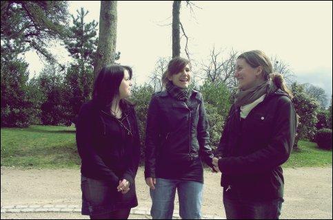 Ce sont mes amis qui m'ont fait aimer la vie. Ils me rendent meilleur à mesure que je les trouve meilleurs eux-mêmes. [Jacques Chardonne]