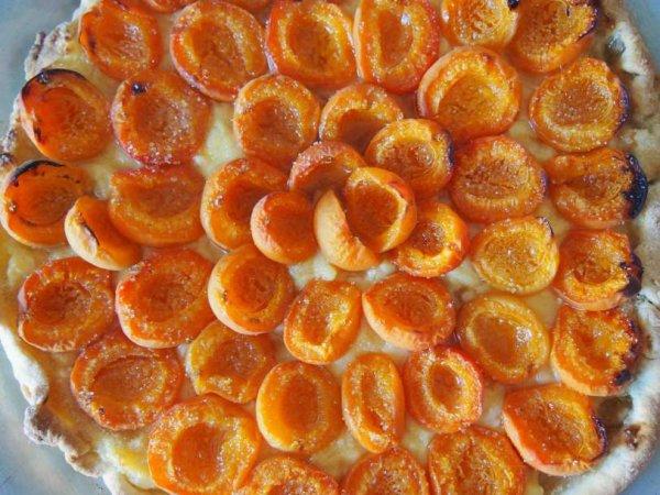 (l) Tarte aux abricots et crème pâtissière (l)