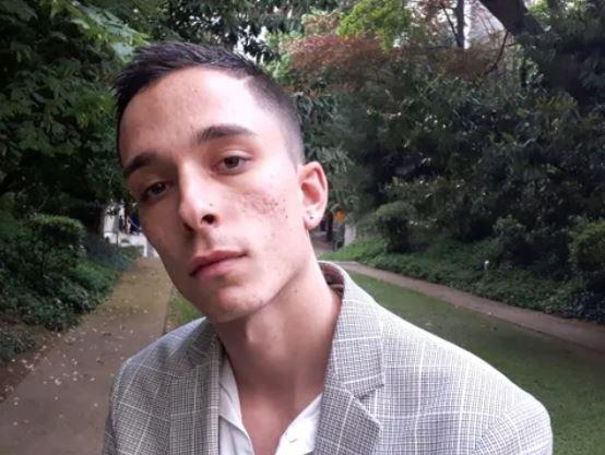 Anthony, victime d'homophobie familiale.....