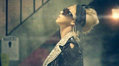 Lonely - 2NE1 (2011)