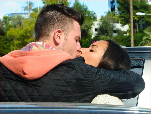PHOTOS : LEONA LEWIS A LOS ANGELES AVEC SON PETIT AMI DENNIS JAUCH