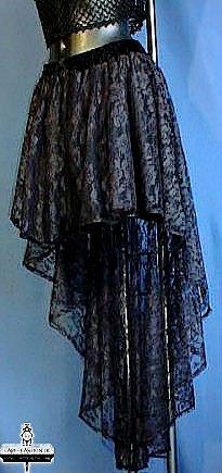 voilla la tenue médiéval de la femme que j'aimerais