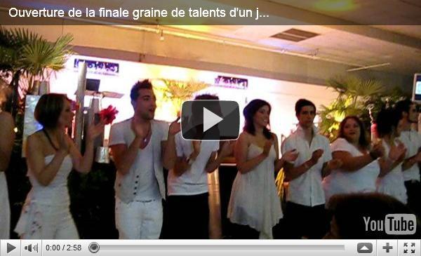 """Vidéo de la prestation du groupe interprétant """"Toi + Moi"""" à la finale de LF Management"""