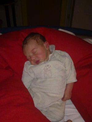 ma fille en trin de dormir c magnifique