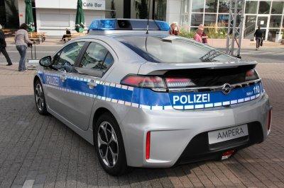 opel ampera de police