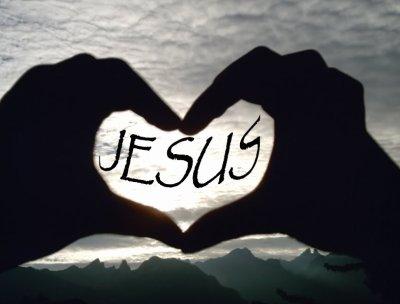 ** ...J'aime Jésus et j'en suis fière !... **