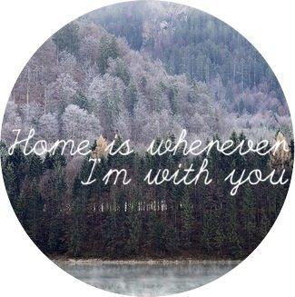 La vie serait tellement plus facile si nous tombions seulement amoureux des personnes qui pourraient nous aimer en retour.  The happy unicorn. ©