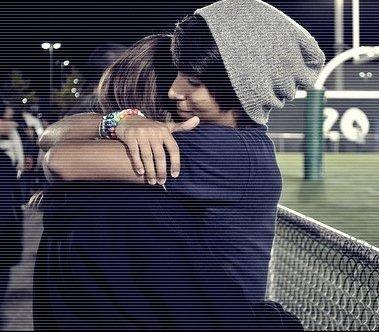 Rappelle toi tout ce qu'on a vécu ensemble, rappelle toi tout ce que je t'ai donné, rappelle toi à quel point je t'aimais & puis rappelle toi du mal que tu m'as fait. Vas-y, rappelle toi. Tu te rappelles? Oui? & baah maintenant, regrettes. ♥
